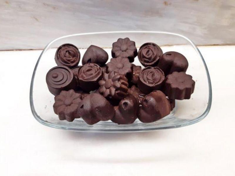 Σοκολατάκια με σπιτική σοκολάτα κουβερτούρα