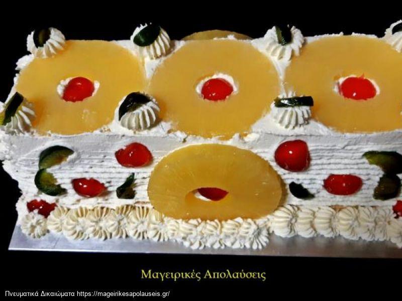 Εύκολη τούρτα με τέσσερα υλικά μέσα σε δέκα λεπτά χωρίς ψήσιμο