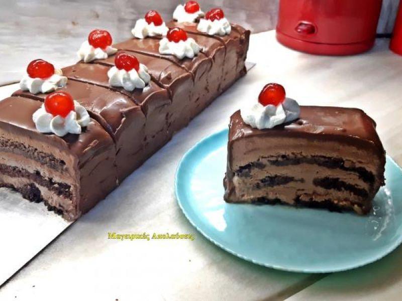 Πάστα σοκολατίνα με ζουμερό παντεσπάνι. Χωρίς τσέρκι