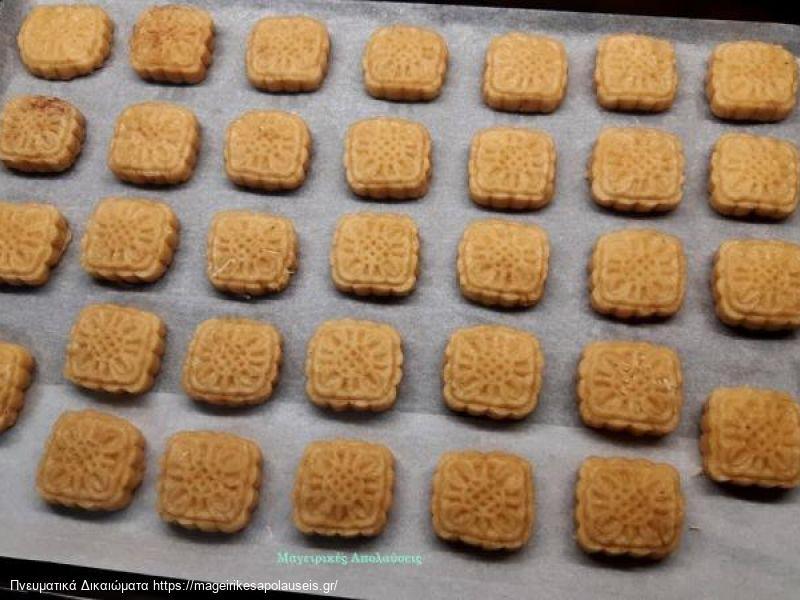 Αλμυρά μπισκότα (μπατόν σαλέ) μέσα σε πέντε λεπτά θα τα έχετε έτοιμα για το βραδινό ποτό  σας